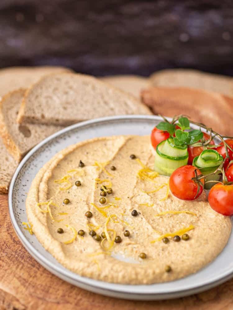 Hummus z zielonym pieprzem