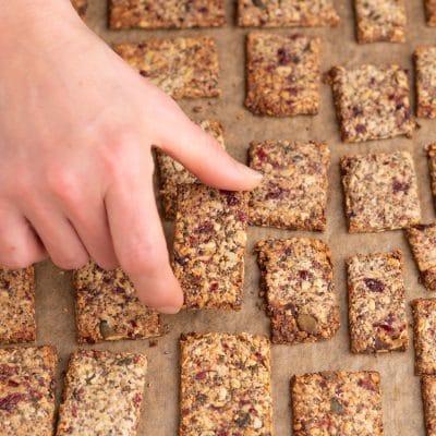 Przepis na Bezglutenowe krakersy z ziaren