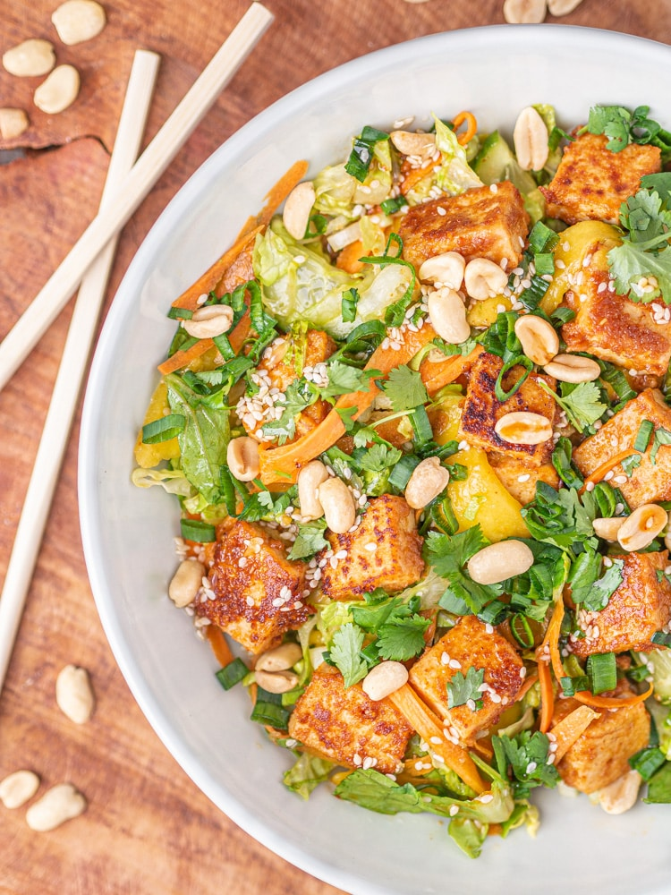 Tajska sałatka z tofu