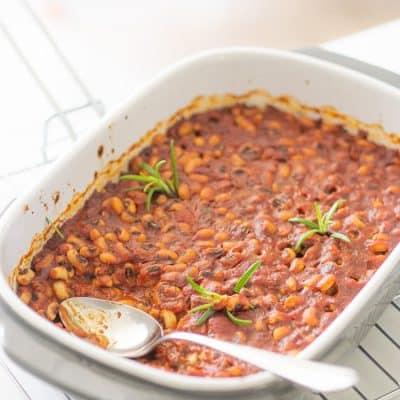 Fasola pieczona w sosie pomidorowym