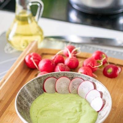 Przepis na Pesto z liści rzodkiewki