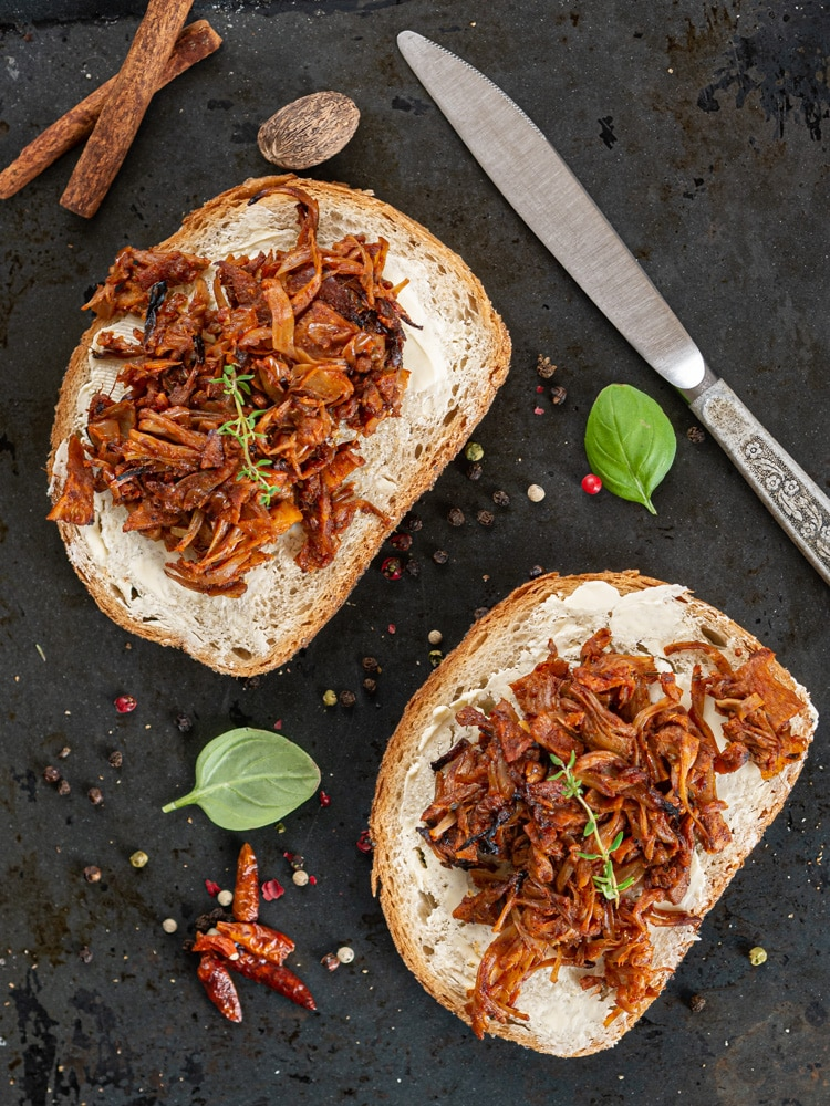 Pulled Jackfruit – Szarpany Chlebowiec