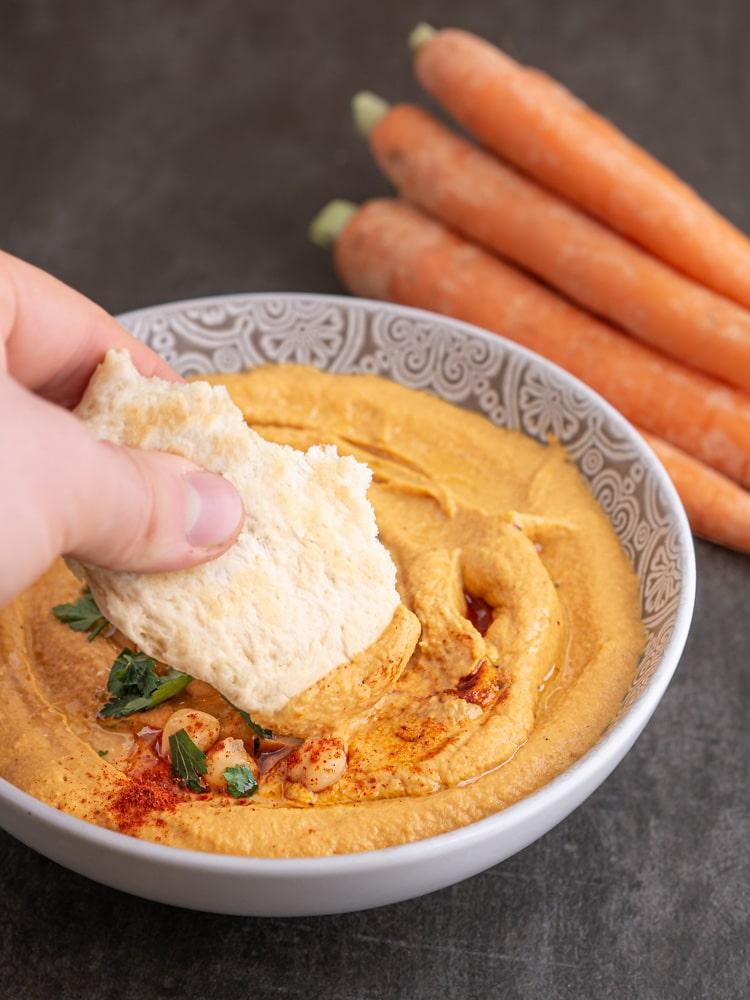 Przepis na Hummus z pieczoną marchewką