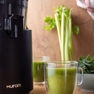 Przepis na zdrowy zielony sok z wyciskarki wolnoobrotowej